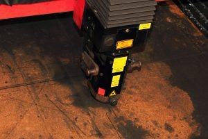 เครื่องตัดเลเซอร์ มีคุณสมบัติและหลักการทำงานอย่างไร
