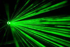 ลำแสงเลเซอร์ ความยาวคลื่นแบบเฉพาะ คุณสมบัติของลำแสงเลเซอร์
