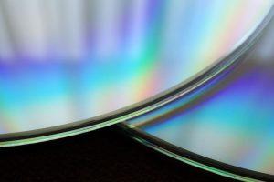 ประวัติของแผ่นซีดี เทคโนโลยีแสงเลเซอร์ และหลักการทำงานที่ควรรู้