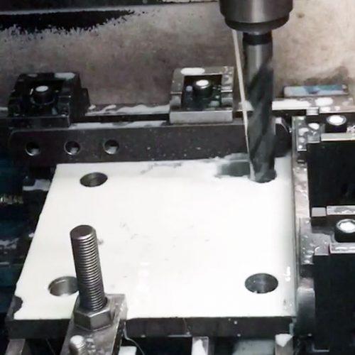 ภาพผลงาน การตัดเพลท ตัดแผ่นเหล็กเพลทสำหรับงานก่อสร้าง