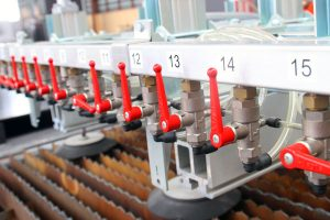 เครื่องตัดเลเซอร์ สามารถทำอะไรได้บ้าง ในเชิงงานอุตสาหกรรม