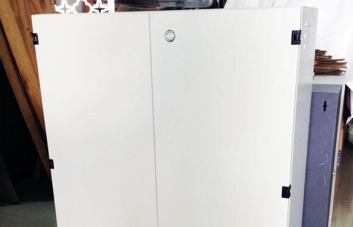 รับผลิตตามแบบ ตู้ควบคุมกระแสไฟฟ้า ขนาดใหญ่ จำนวนมาก