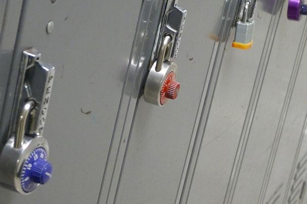 7 ประโยชน์ของ ตู้ Locker อุปกรณ์สำนักงาน สำหรับใช้เก็บของ ที่จำเป็นต้องมี